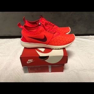 "Women's Nike ""Juvenate"" Size 7 Brand New w/Box"